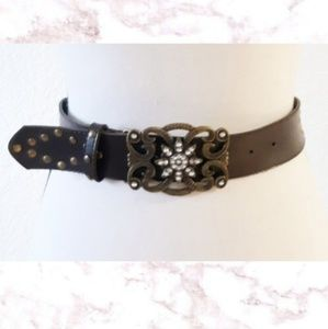 Accessories - Gold Studded belt with beautiful crystal Hook